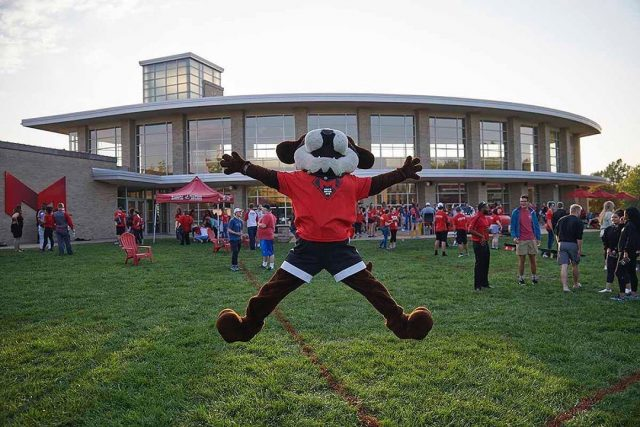 AMAZING NEWS: Maryville University has been named the 2nd fastest-growing private university in the nation by The Chronicle of Higher Education! And this is now our 16th consecutive year of record enrollment growth.  We're projecting an increase of 10 percent enrollment growth comprising more than 11,200 students for Fall 2020. This growth is across both traditional on-campus undergraduate students and online undergraduate and graduate students.  This phenomenal growth would not be possible without the trust our students and their families have placed in us, coupled with the creativity and hard work of Maryville's faculty and staff during such challenging times. Thank you, #SaintsNation! The best is yet to come...  [ LINK IN BIO! ]  Repost @maryvilleu